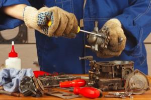Image - mechanic fixing fuel pump