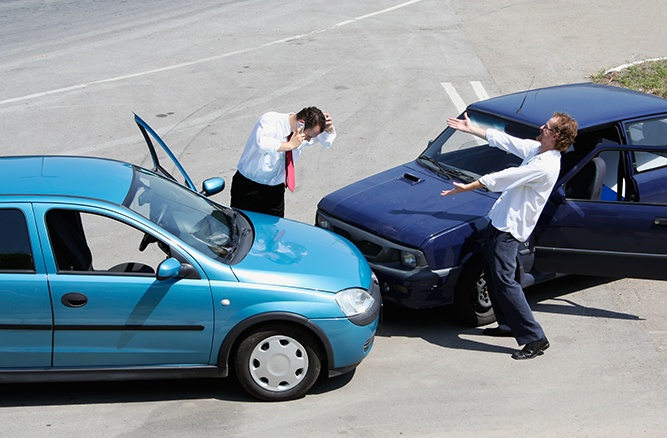 Are You Guilty of These Dangerous Driving Habits?